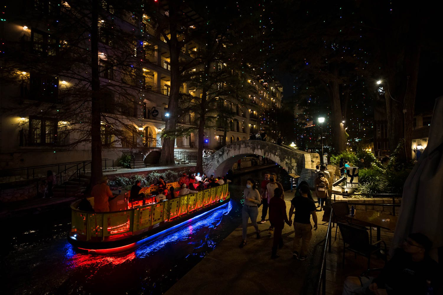 People take in the River Walk on Nov. 26, 2020. Photo by Stephanie Marquez | Heron contributor