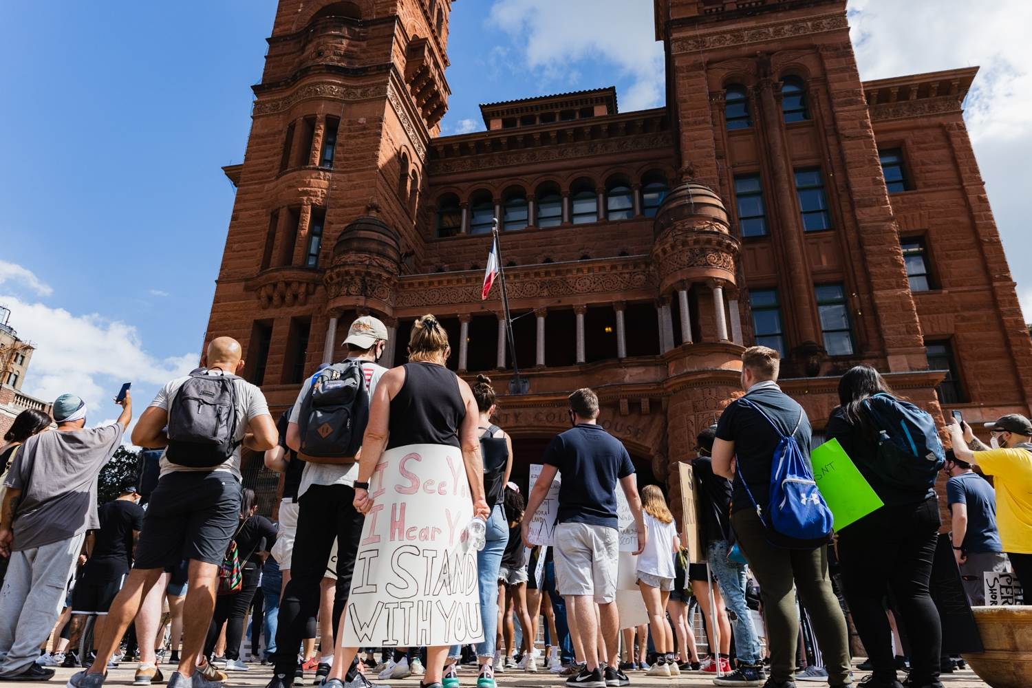 Protestors gather at the Bexar County Courthouse on Friday afternoon, June 6, 2020, during the seventh day of demonstrations in downtown San Antonio following the death of George Floyd in Minneapolis. <b><em>Photo by Isaiah Alonzo | Heron contributor</em></b>