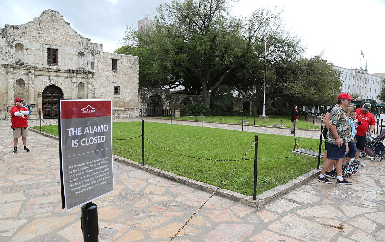 The Alamo is closed on Tuesday, March 17, 2020, because of the coronavirus. <b><em>Photo by Ben Olivo | Heron</em></b>