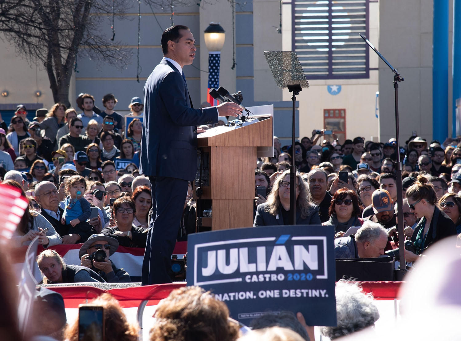 Julián Castro announces his candidacy in the 2020 presidential election Jan. 12 at Plaza Guadalupe. Photo: V. Finster | Heron contributor
