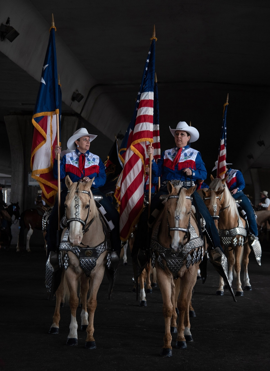 Members of the Jack Sellers Bexar County Palomino Patrol and Drill Team organize formation before the Western Heritage Parade and Cattle Drive Feb. 2 under I-35 at Houston St. <em><b>Photo by V. Finster | Heron</b></em>