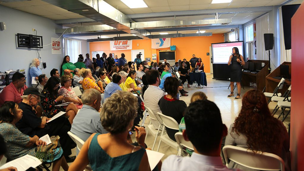 Meeting for the Alazan Lofts project by SAHA took place Wednesday, Aug. 14 at the Alazan Community Center, 1011 Brazos St. Photo by Ben Olivo | Heron