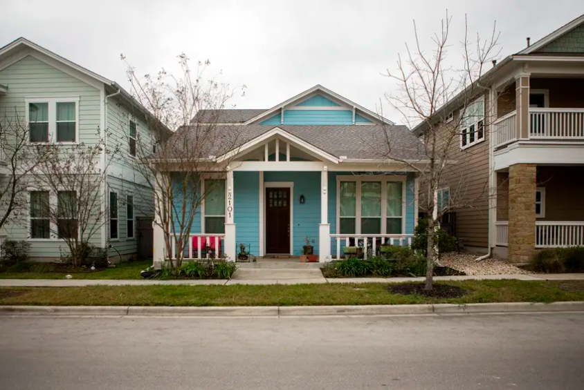 Row of single-family homes in Texas