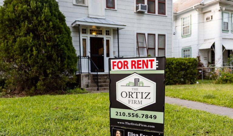 """Stock """"for rent"""" photo in San Antonio"""