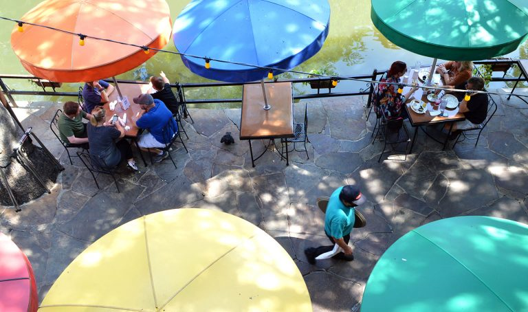 Diners seated on the outside patio along the Riverwalk at Casa Rio Sept. 24, 2020. Photo by Victoria Martinez