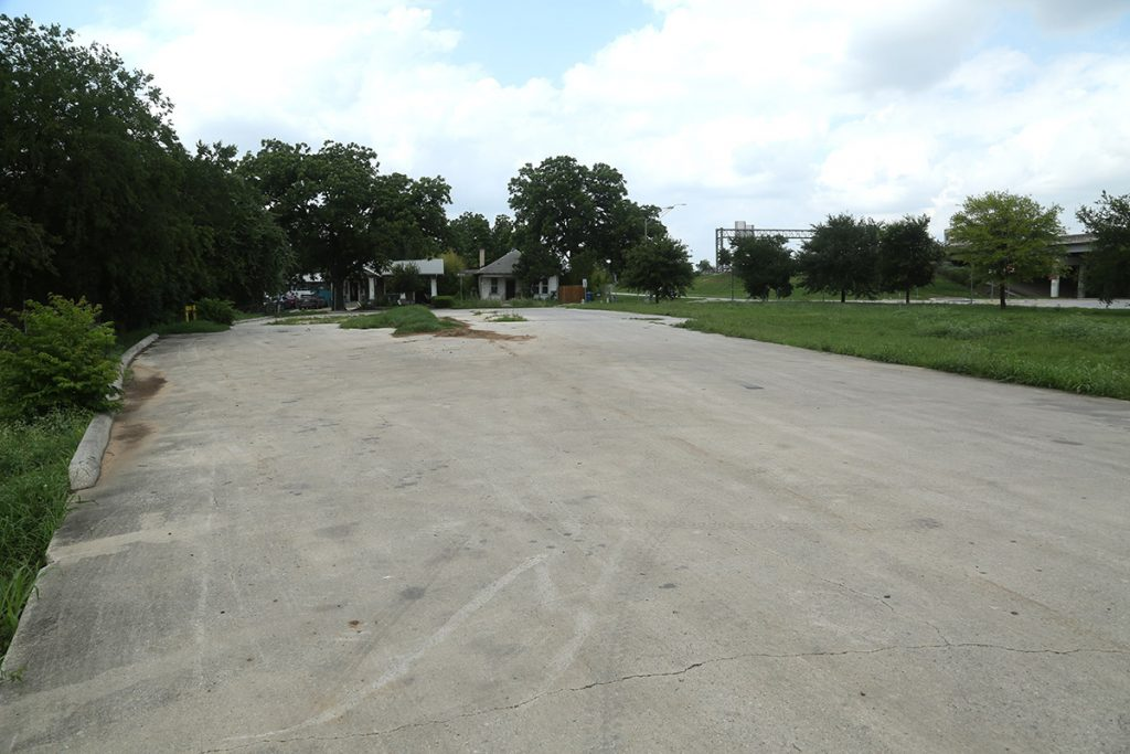 This site along Interstate 37 between Florida and Carolina streets is being considered for a 7-Eleven.
