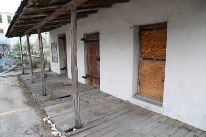 Melchio de la Garza House, 100 S. Laredo St.
